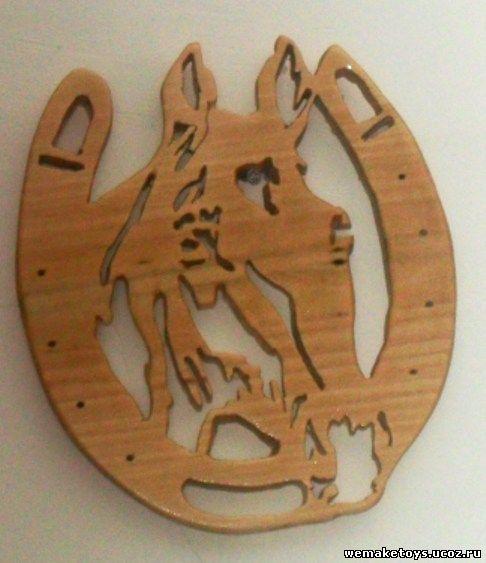 Сувенирные поделки из дерева